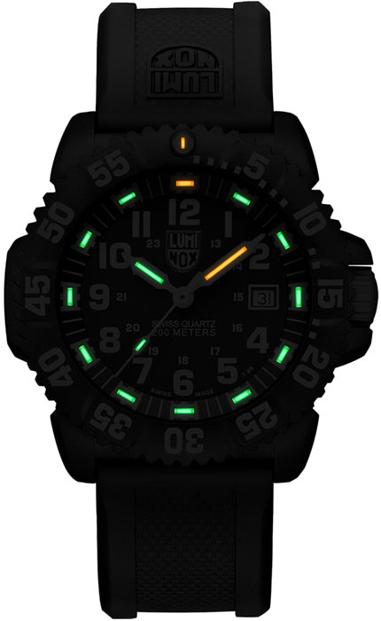 XS.3051.F-DNV-Night-1080x10.jpg